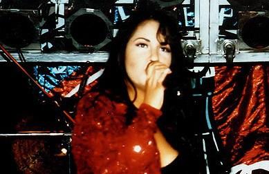 Biography of Selena Quintanilla