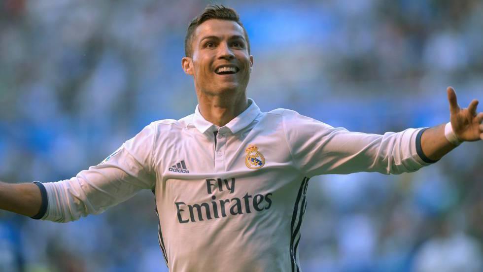 6651ab214 Cristiano Ronaldo - History and Biography