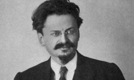 León Trotsky biography