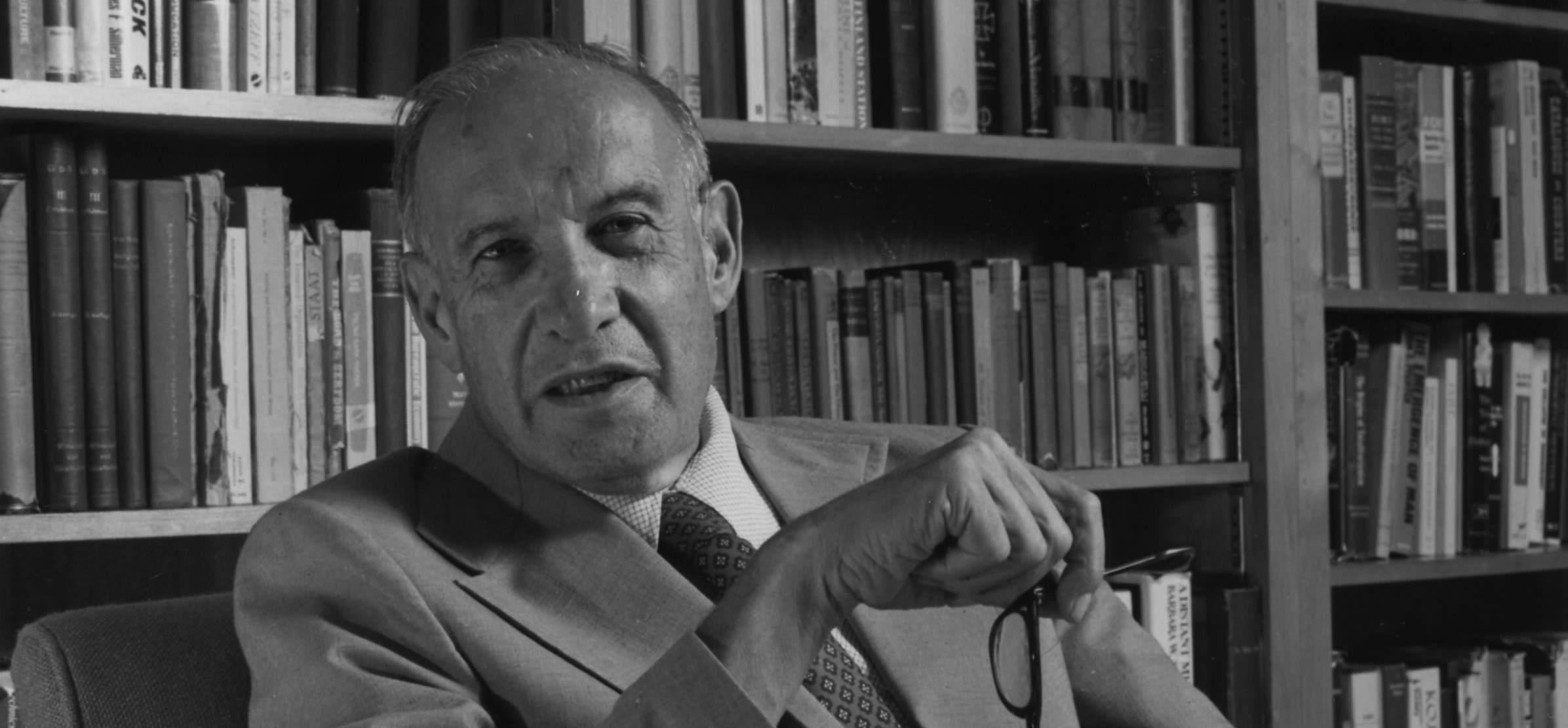 Peter Drucker biography