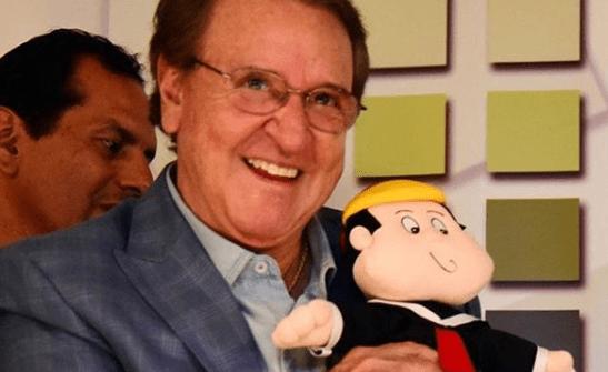 Carlos Villagrán Biography