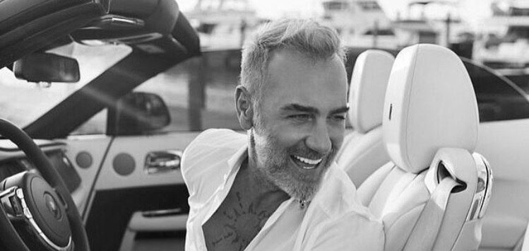 Gianluca Vacchi biography